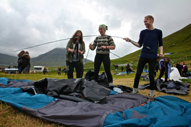 G! Tent Rush